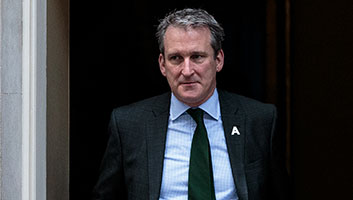 Damian Hinds on protesting teachers