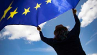 Thumbnail image for Plans to hang EU flag on Dover cliffs shows Remainers can be just as twattish as Leavers