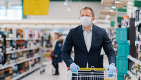 Thumbnail image for 'I'm not Christmas panic buying' insists man with large turkey, pigs in blankets, sprouts, Quality Street and three bottles of Baileys