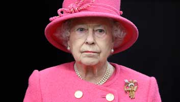 Queen takes back control