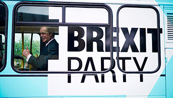 Nigel Farage stuck on Brexit Party Bus